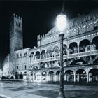 © Umicini_1996 - Palazzo della Ragione visto da Piazza della Frutta